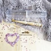 Люневильский крючок БЕЗ ИГЛ бренда Vintage Rose Шахматы, ванильный цвет