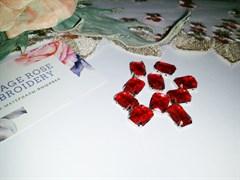 Стразы пришивные в цапах, 10*14 мм, красные, 10шт/уп